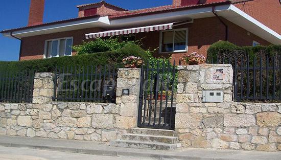 El castillo casa rural en coru a del conde burgos - Casa rural el castillo ...