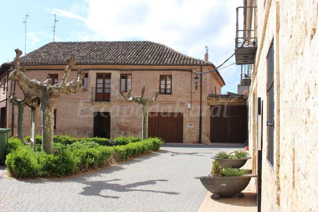 Casa Rural Abanades Casa Rural En Melgar De Fernamental Burgos