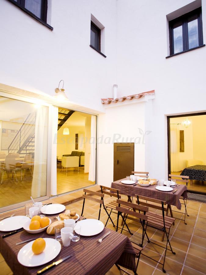 Fotos de casa babel monfrag e casa rural en torrej n el - Casa rural monfrague ...