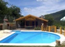 turismo rural caceres piscina