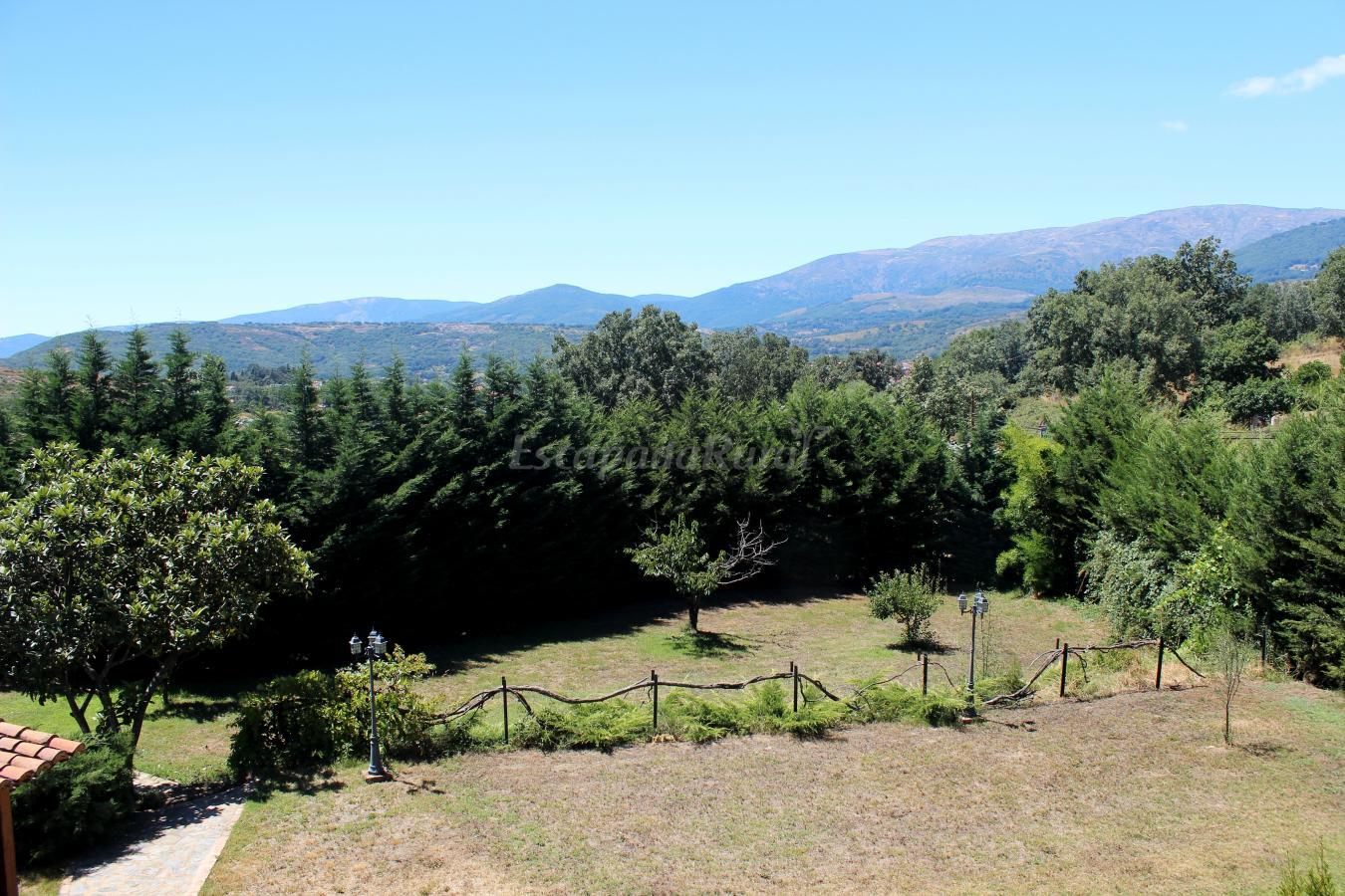 Foto di la coronilla casa rural casa vacanze ajarandilla for Casa rural jaraiz de la vera