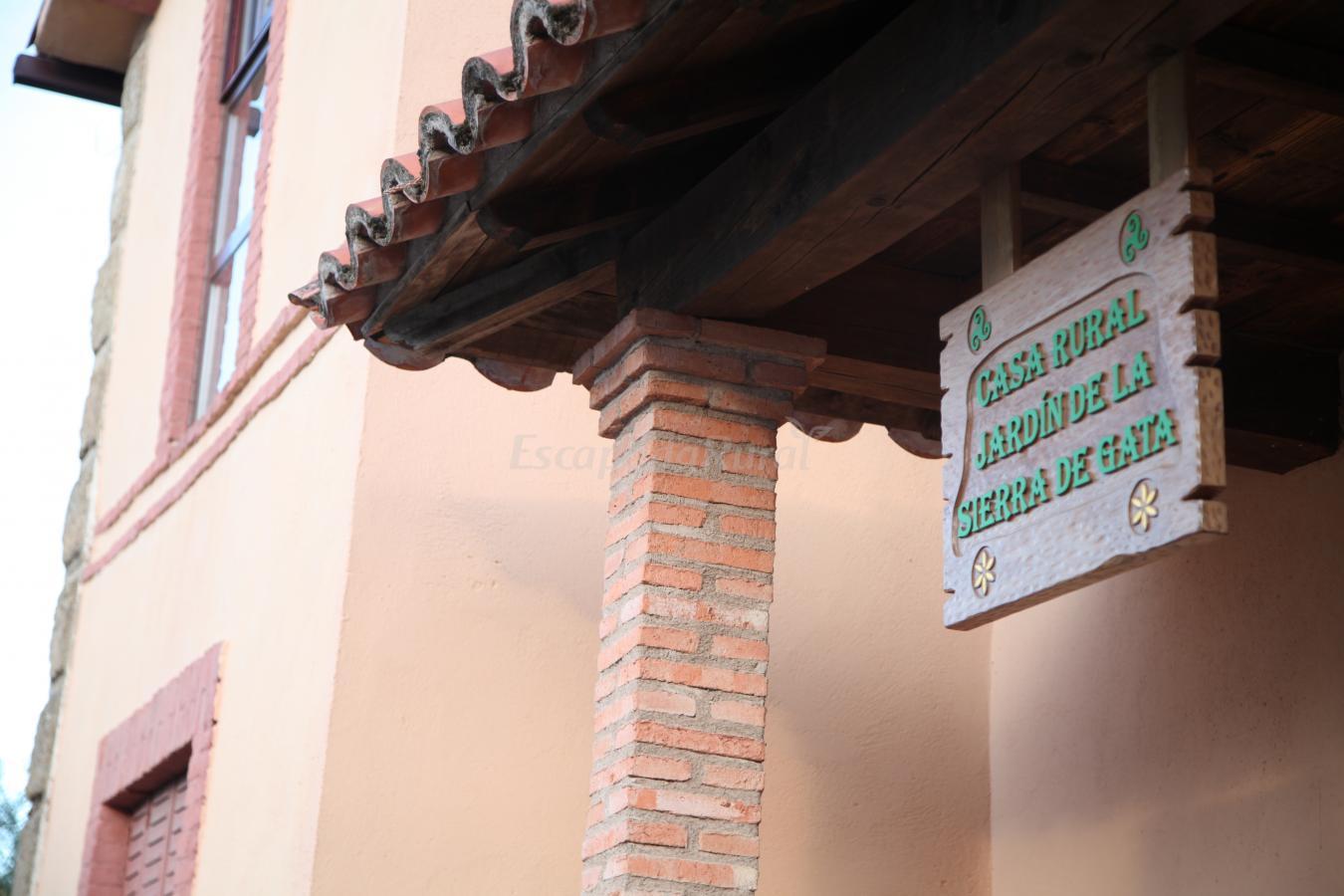 Foto di casa rural jard n de la sierra de gata casa rural en hoyos c ceres - Casa rural linares de la sierra ...