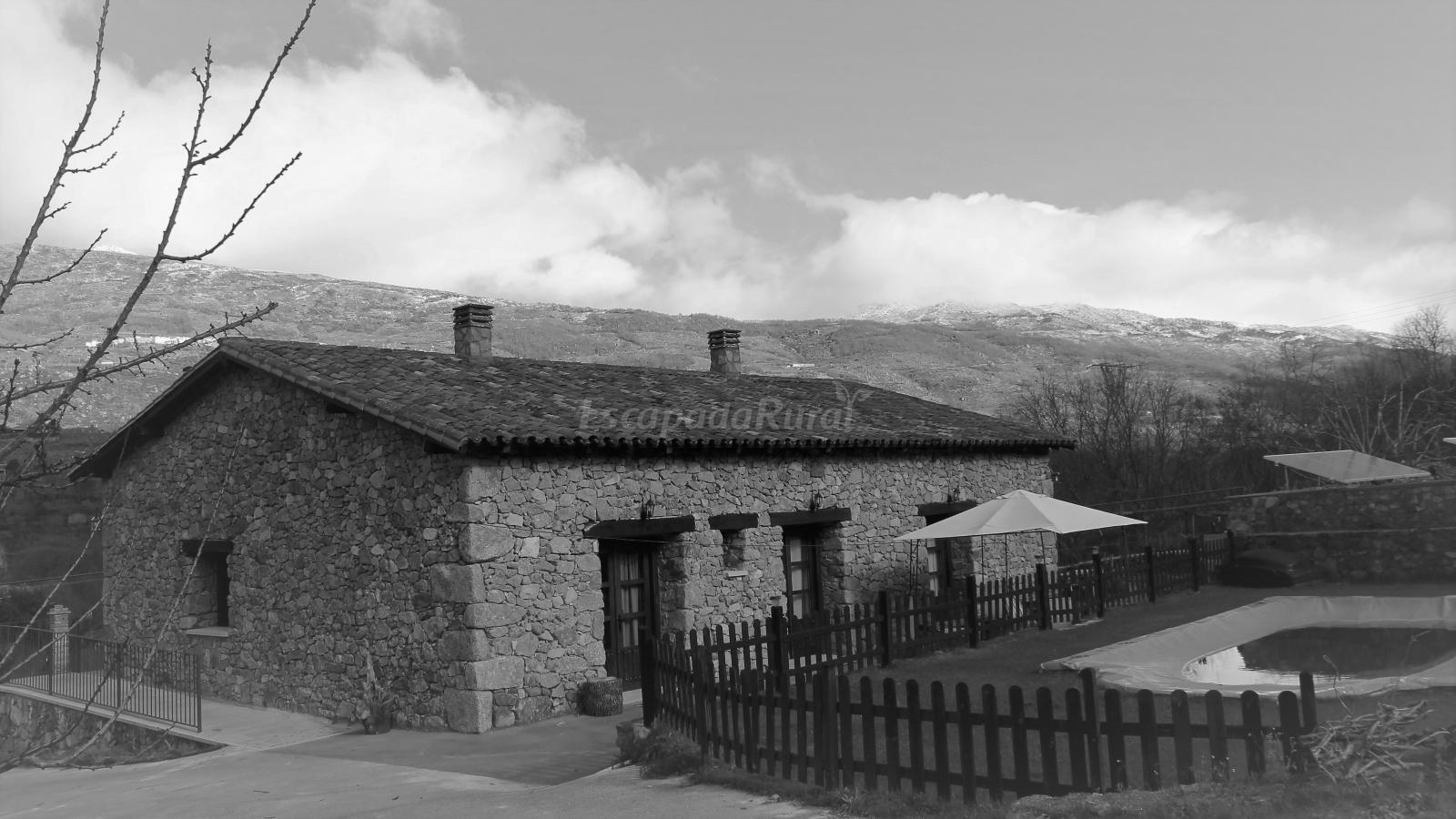 Fotos de casa rural de agroturismo el vallejo casa rural en casas del casta ar c ceres - Casa rural el vallejo ...