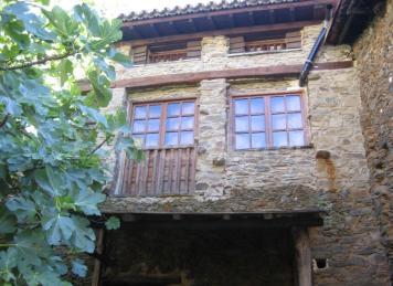 Casa Rural La Ortiga (Cosmopolita)