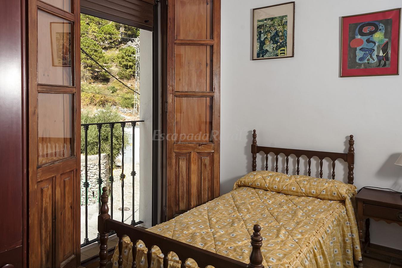 Fotos de casa el pinsapo casa rural en grazalema c diz - Casa rural bolonia cadiz ...
