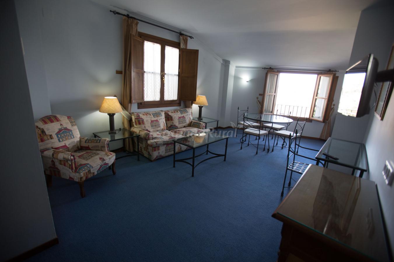 Fotos de hotel puerta de la villa casa rural en grazalema c diz - Hotel puerta de la villa ...