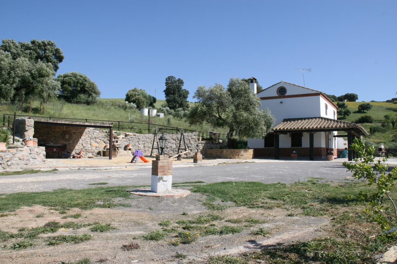 Fotos de casa rural los cuatro olivos i casa rural en el bosque c diz - Casa rural el bosque cadiz ...
