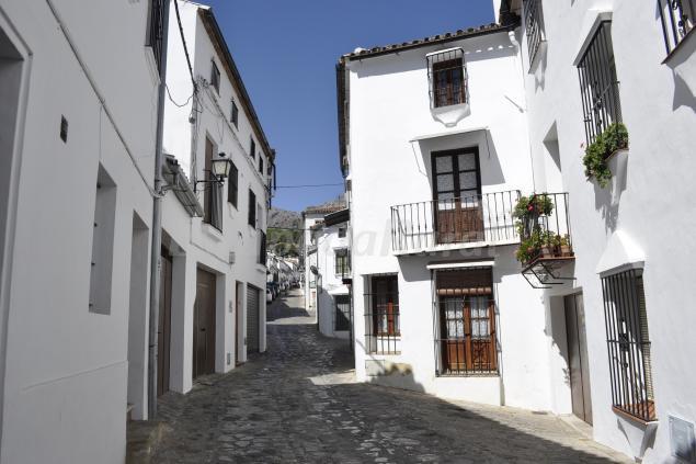 Casa rural las piedras casa rural en grazalema c diz - Casa rural bolonia cadiz ...