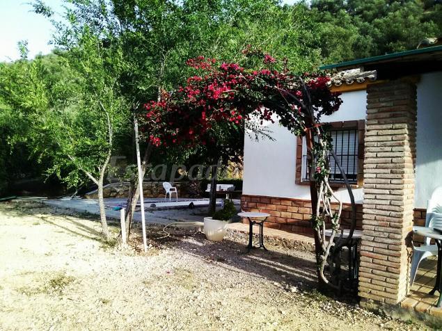 Casa rural la chumberita casa rural en zahara de la sierra c diz - Casas en zahara de la sierra ...