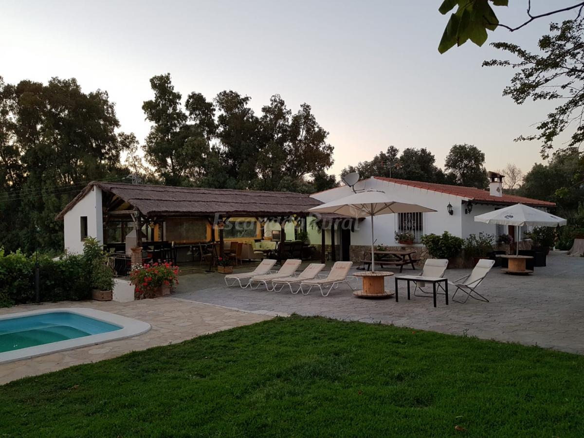 Foto di casa rural vega el dorado casa rural en jimena de la frontera c diz - Casa rural jimena ...