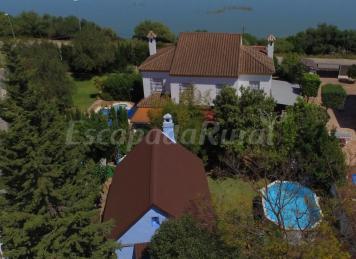 Casa Rural El lago y Casa Rural La Higuera