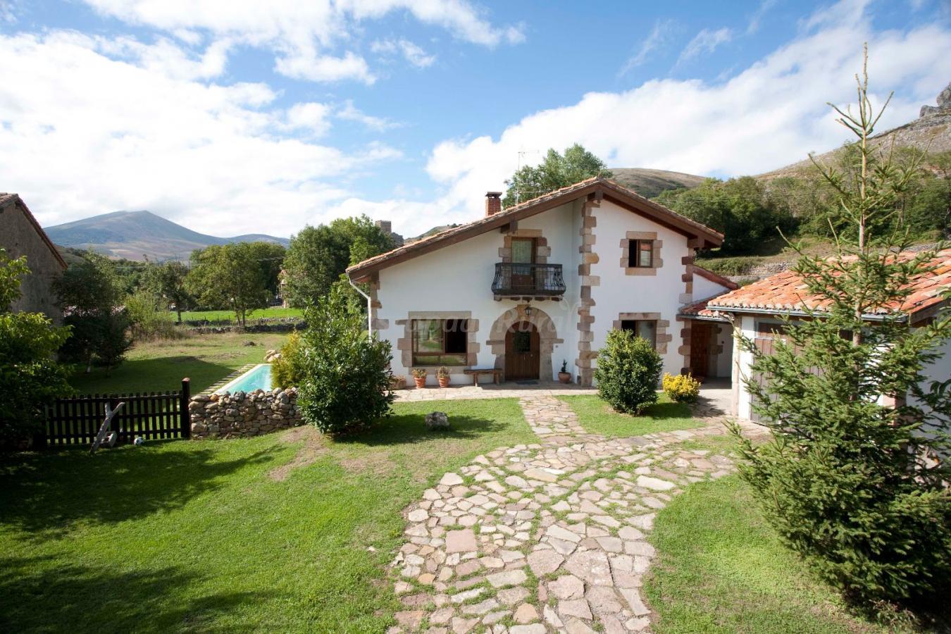 Fotos de vivienda rural la ce a casa rural en arg eso - Casas rurales en la provenza ...