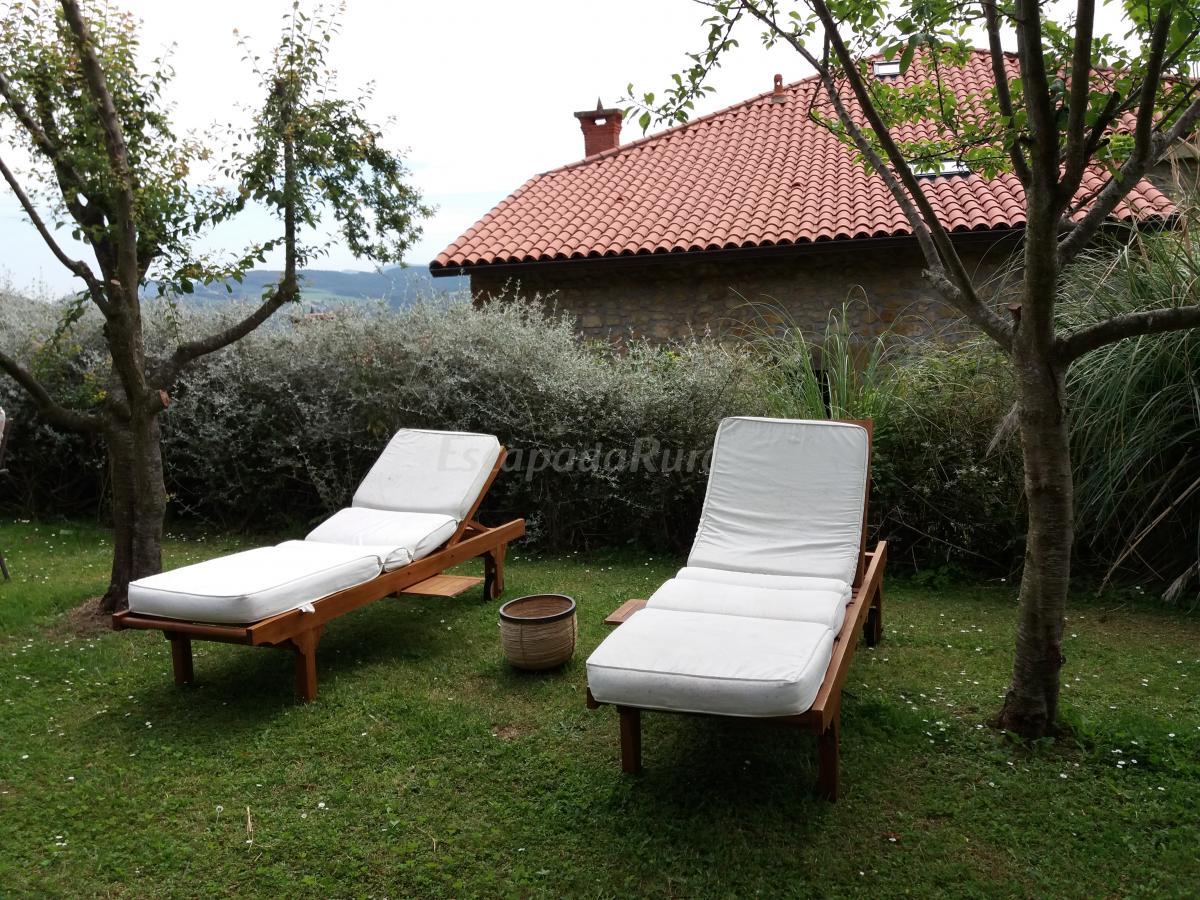 Fotos de casas rurales fuente de g elo casa rural en san for Casa rural el jardin de san bartolome