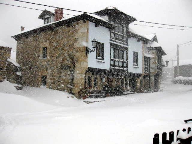 Fotos de posada casa lamadrid casa de campo em potes - Casas de campo en cantabria ...