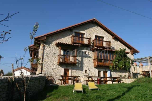 Fotos de la diligencia casa rural en serdio cantabria - Casa rural la diligencia ...