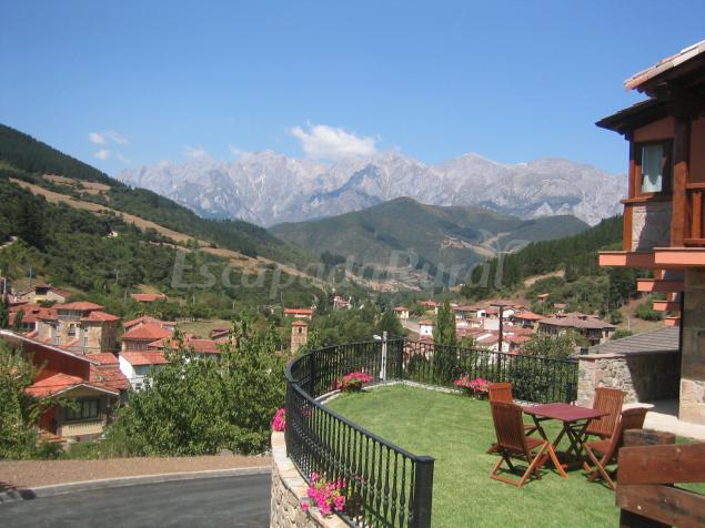 Apartamentos la monta a casa rural en frama cantabria - Casas rurales cantabria alquiler integro ...
