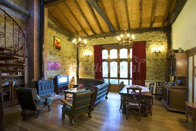 La casa de hijas casa rural en puente viesgo cantabria - Casa rural puente viesgo ...