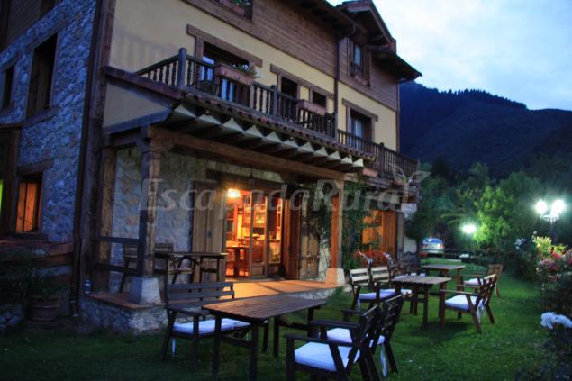 Posada El Bosque Casa Rural En Mieses Cantabria
