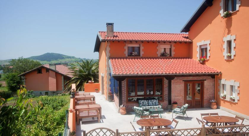 Fotos de posada de las tres mentiras casa rural en santillana del mar cantabria - Casas rurales en lastres ...