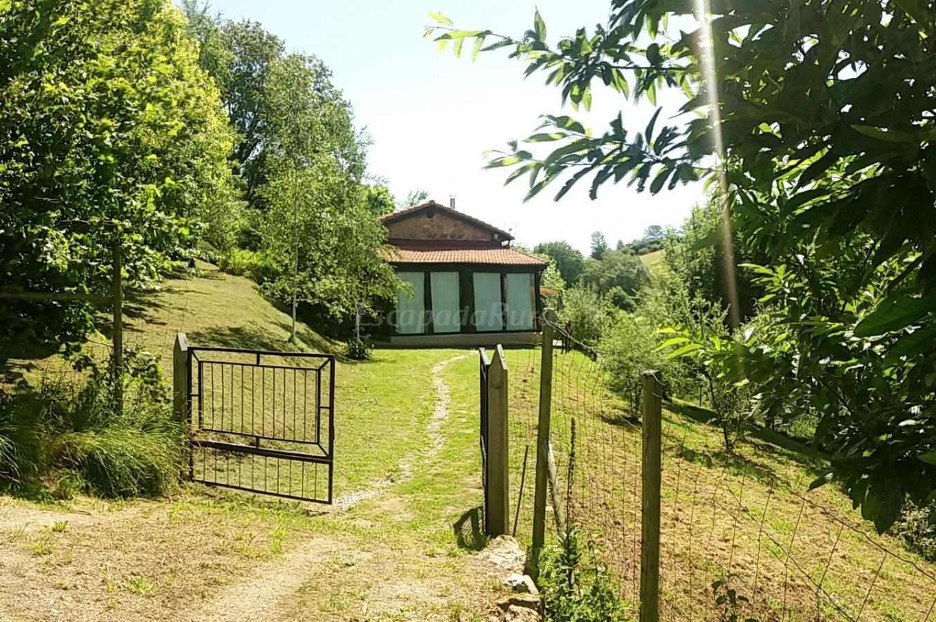 Fotos de senderhito casa de campo em riotuerto cantabria - Casas de campo en cantabria ...