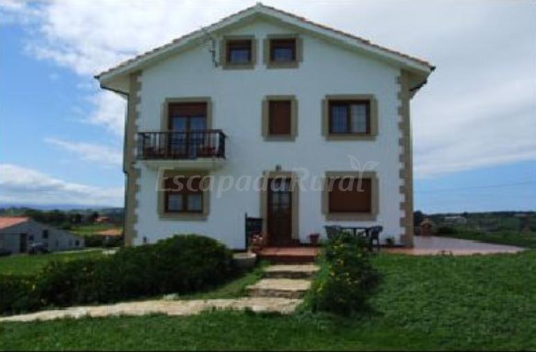 Fotos de casa milagros casa de campo emsantillana del - Casas de campo en cantabria ...