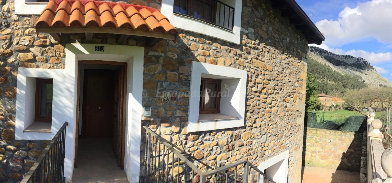 Fotos de apartamentos rurales la compuerta casa de campo - Casas de campo en cantabria ...