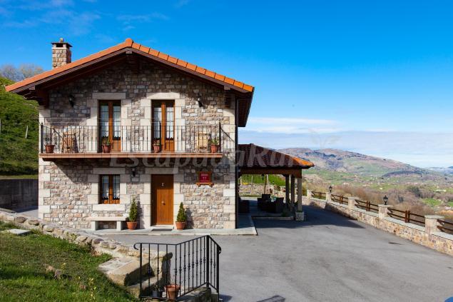 La caba a de manuela casa rural en selaya cantabria - Casas rurales cantabria baratas alquiler integro ...