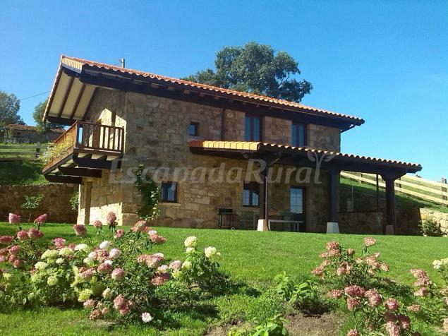 Casa rural laura casa rural en riotuerto cantabria - Casas rurales cantabria baratas alquiler integro ...