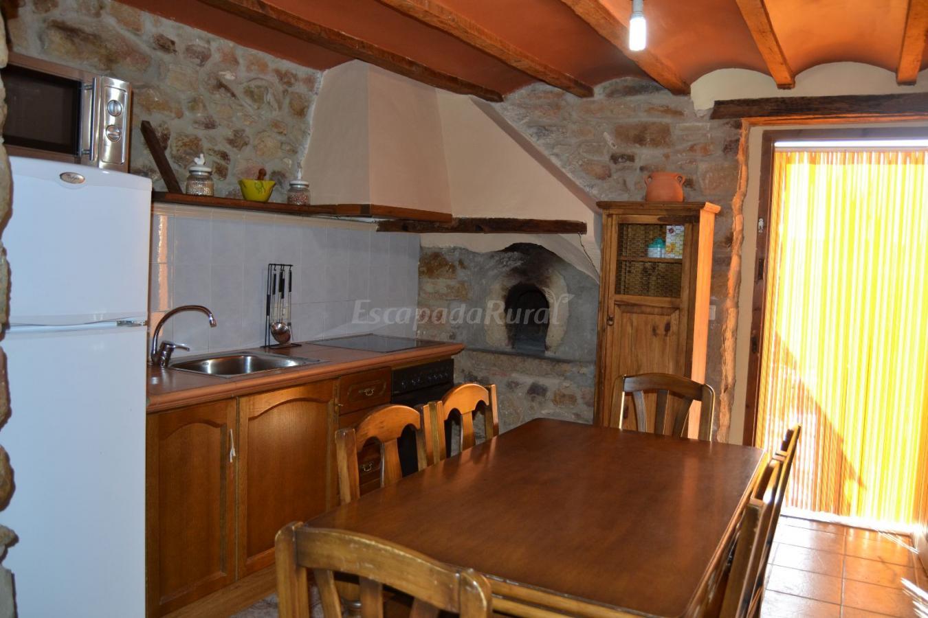 Fotos de el mangranar casa rural en atzeneta del for Cocinas castellon precios