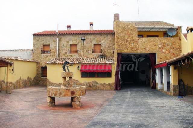 Fotos de casa rural cerro moreno casa de campo em for Casa rural priego cuenca