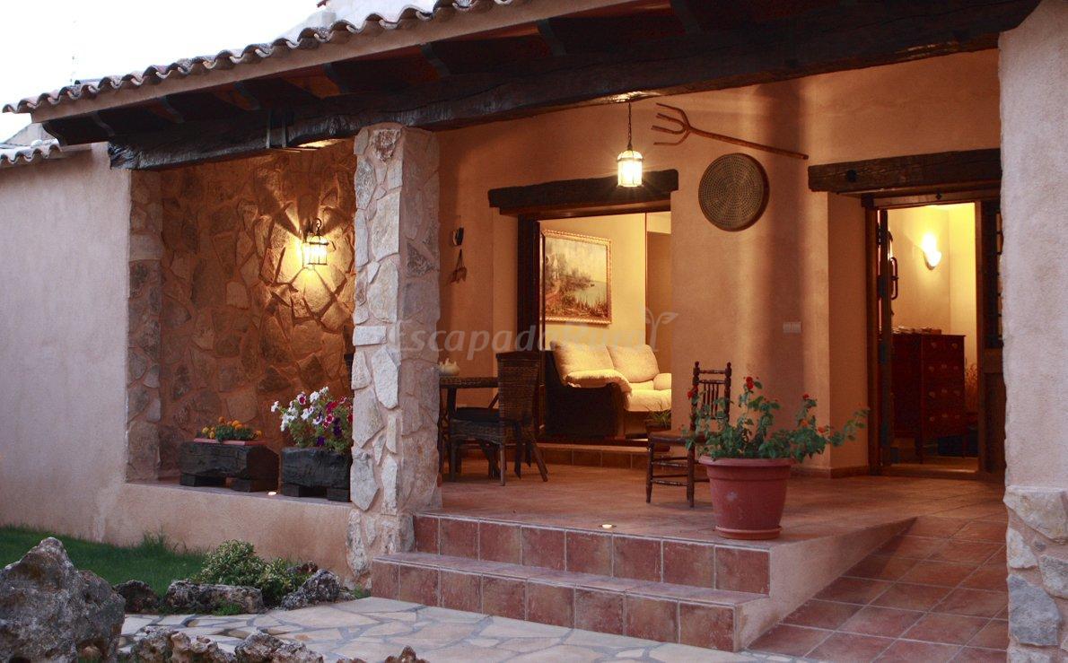 Fotos de el vallejo casa rural en valverdejo cuenca - Casa rural el vallejo ...