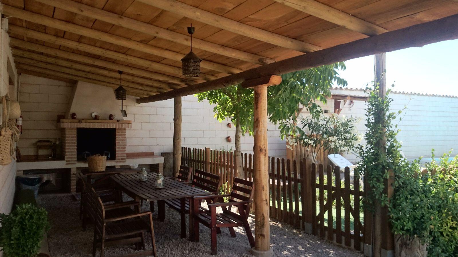 Fotos de casa rural el almendro casa rural en rozal n - Fotos porches rusticos ...