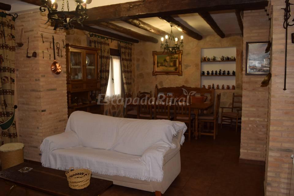 Fotos de casa rural las aguardas casa rural en belmonte for Casa rural priego cuenca