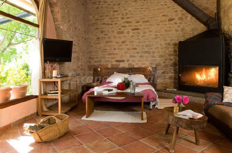 Fotos de mas rovira casa rural en banyoles girona - Mas trobat casa rural ...