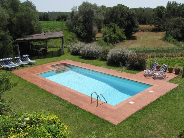 Fotos de can fabrica casa rural en santa llogaia del for Casa rural girona piscina