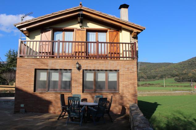 La caseta del pla casa rural a el pla de sant joan girona - Casa lloguer girona ...