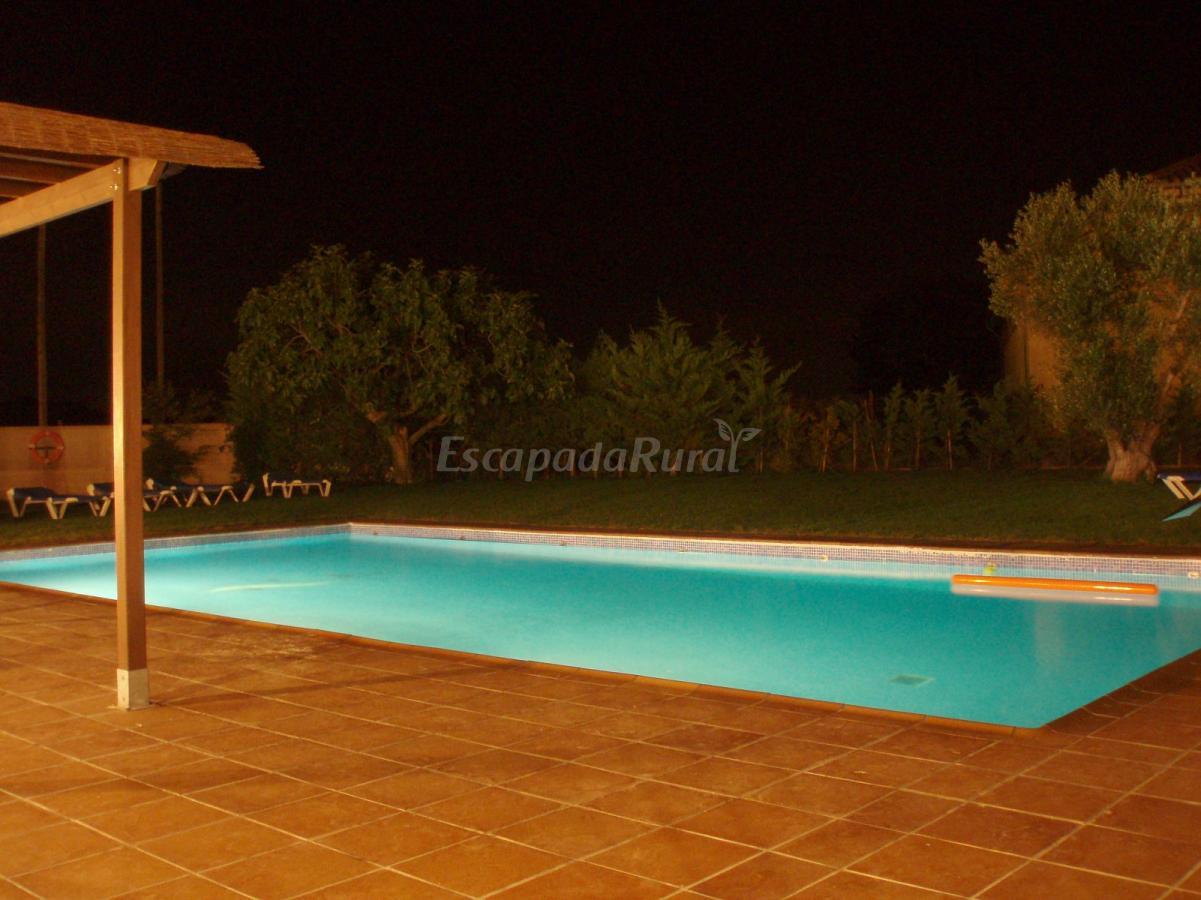 Fotos de can fonsu casa rural en vilademuls girona for Casa rural girona piscina