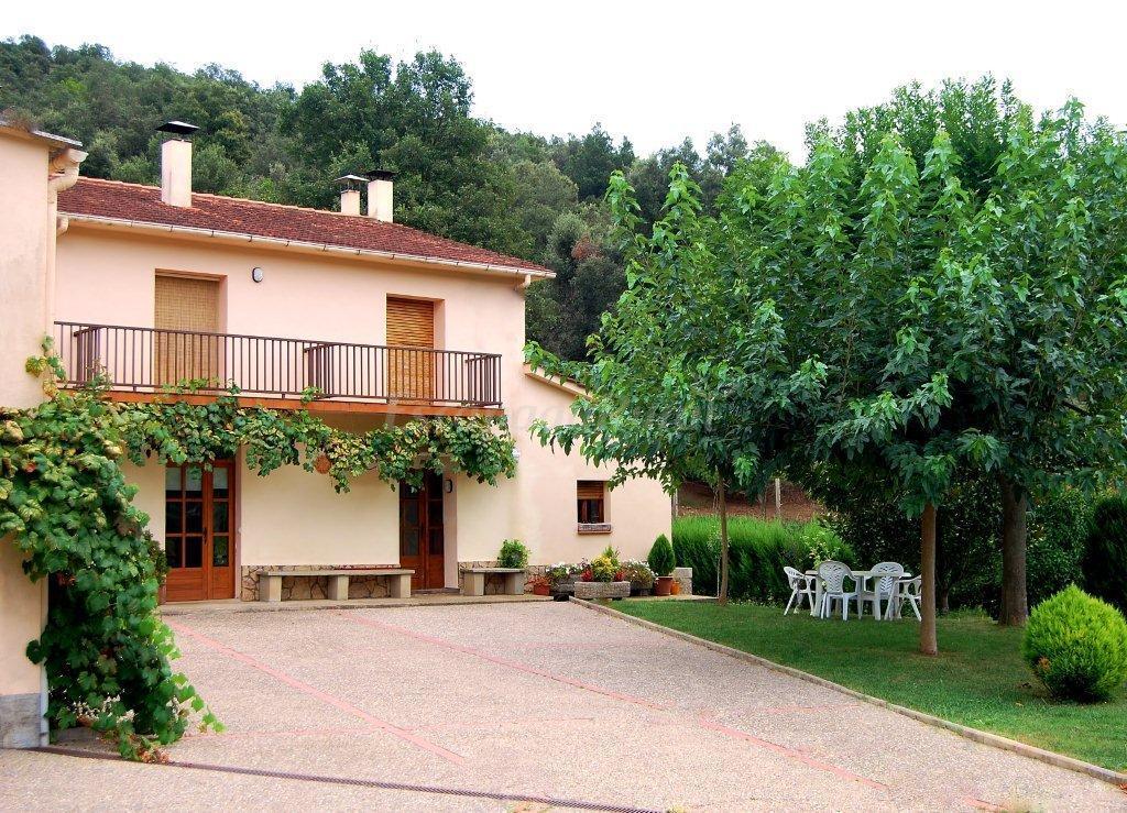 Fotos de la badia casa rural en sant feliu de pallerols - Casa rural sant marc ...