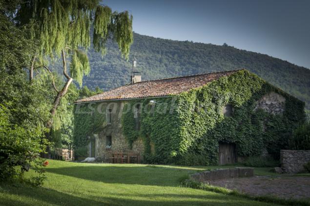Can capsec casa rural a la vall de bianya girona - Casa lloguer girona ...