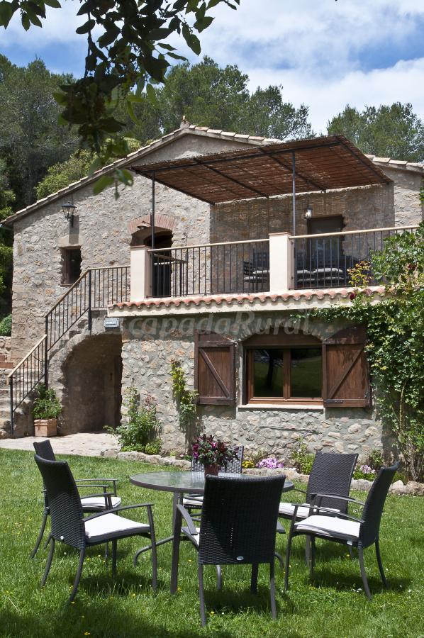 Fotos de masia can ros casa rural en cistella girona - Can caponet casa rural ...