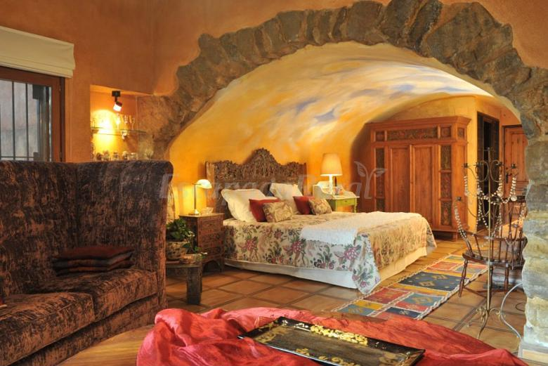 Fotos de las moradas del unicornio casa rural en p bol - Hoteles rurales en girona ...