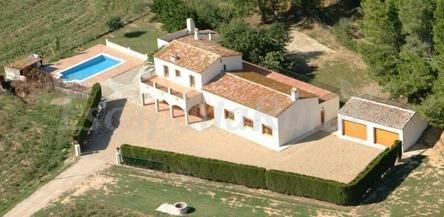 Mas les cabretes casa rural a vilanova de la muga girona - Casa lloguer girona ...