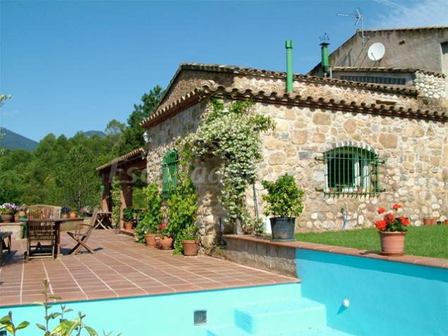 Can bonic casa rural en cabanelles girona - Can caponet casa rural ...