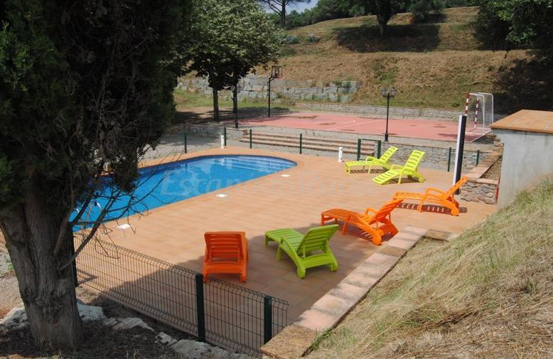 Fotos de can cua casa rural en sant gregori girona for Casa rural girona piscina