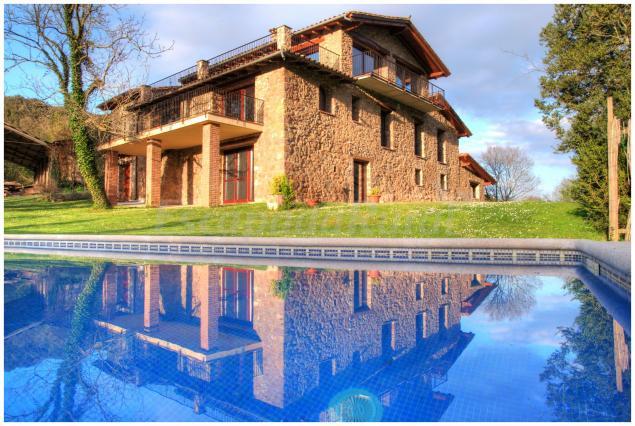 Masia lacoro casa rural a la vall de bianya girona - Casa lloguer girona ...