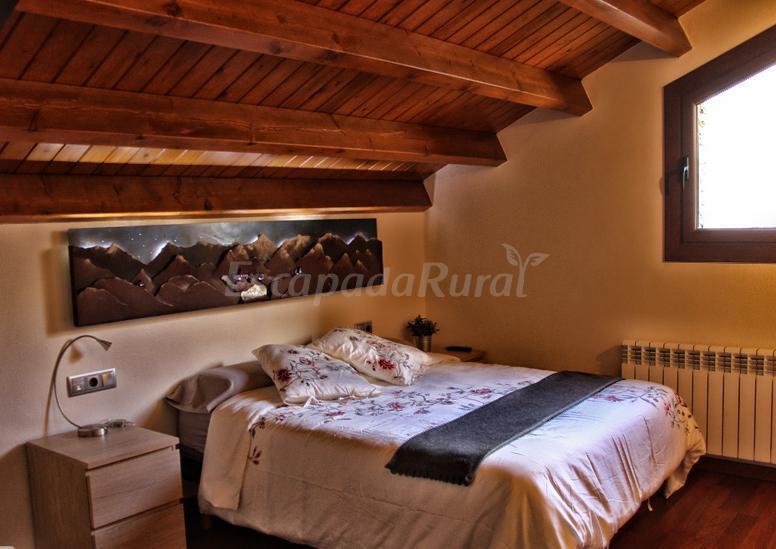 Foto di hotel rural la ortiga blanca casa rural en queralbs girona - Casa rural queralbs ...
