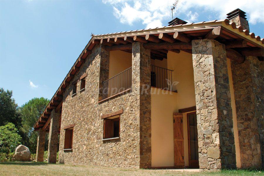 Fotos de la casa nova parc natural del montseny casa for Casa rural montseny