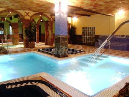 Fotos de alojamientos rurales benarum casa rural en alpujarra de la sierra granada - Casa rural piscina interior ...
