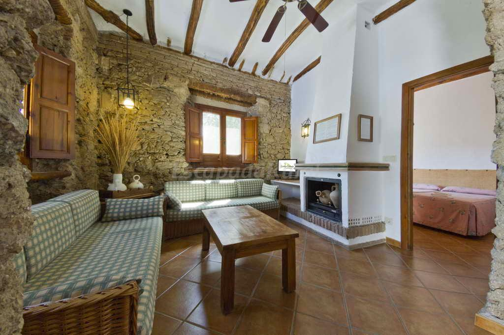 Fotos de cortijo balzain alojamientos rurales casa rural en la zubia granada - Granada casa rural ...
