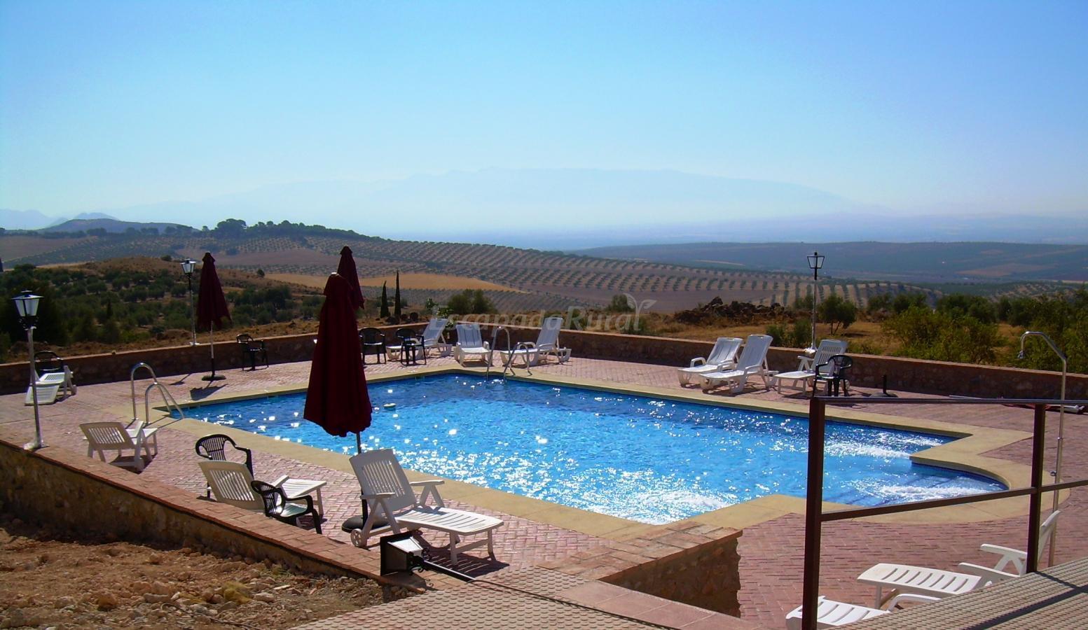 Fotos de hotel rural huerta nazar casa rural en alomartes granada - Piscina arabial granada precios ...
